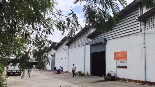 โกดังให้เช่าติดถนนบางนา-ตราด ใกล้สนามบินสุวรรณภูมิ  Warehouse for rent at Bangna-Trad Near Suvarnabhumi international airport  Size:: 460, 500, 668, 1113, 1870 ตร. ม. (Sq. M.) For rent  便利な倉庫を借りる   方便仓库出租 ติดถนนบางนา-ตราด กม.42